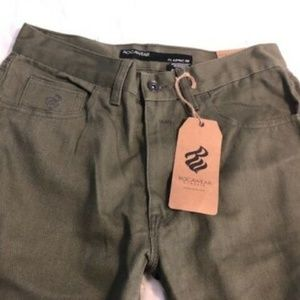 """Rocawear Men's Classic Fit Green Jeans 30""""x32"""" NWT"""
